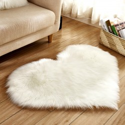 Heart-shaped carpet 40 * 50 cm