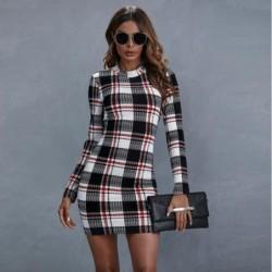 Fashionable plaid mini dress - long sleeve