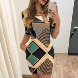 Fashionable mini dress - short sleeve - with geometric shapes