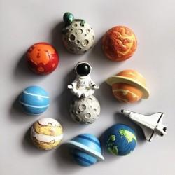 3D fridge magnets - space shuttle / Jupiter / Saturn - Earth - Sun - astronaut / alien